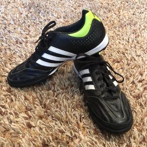 Adidas - turf soccer shoes size 9 (men's)